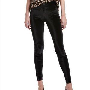 Women's HUE black velvet leggings